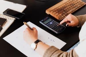 משרד רואה חשבון או רואה חשבון עצמאי ב{HEBROW}?